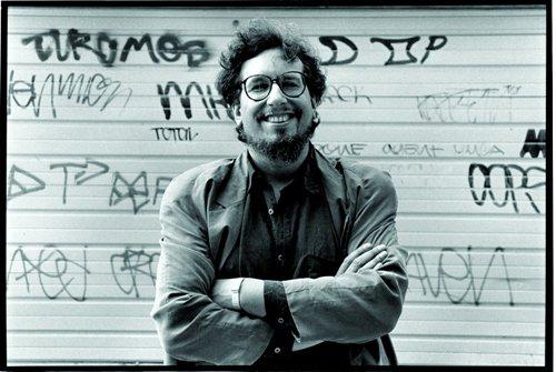 "[AG杂志]Bob Dylan用降D调弦录制""Mr.Tambourine Man"",推动摇滚民谣运动 AG268"
