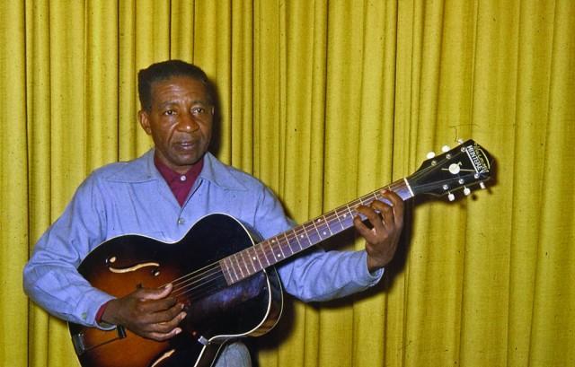 Lonnie Johnson, 1960