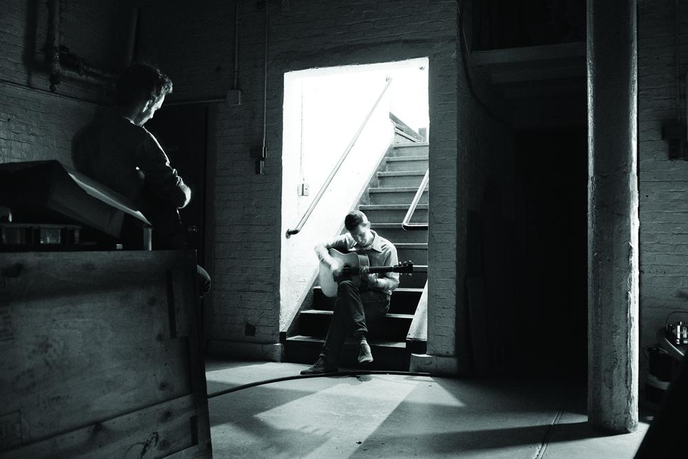 [AG杂志]乐手专访:JULIAN LAGE&CHRIS ELDRIDGE | 献给原声音乐的声音情书 AG267