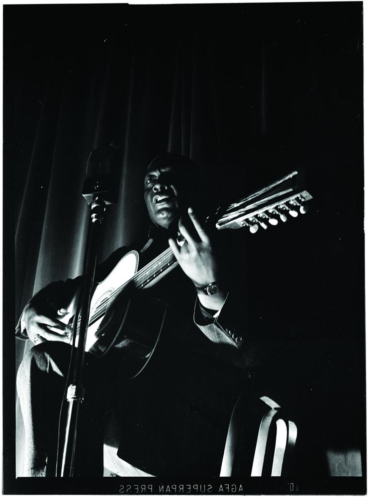 [AG杂志]权威解读音乐诗人Lead Belly的音乐人生 AG269
