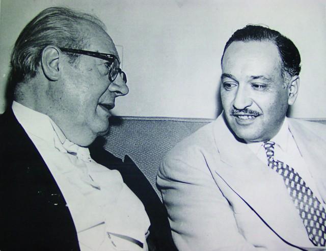 Andrés Segovia会见CandelarioDelgado,摄于20世纪60年代洛杉矶Sheraton West