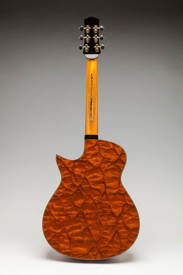极品手工吉他欣赏,Leonardo Buendia大师技艺传承,顶尖艺术雕琢