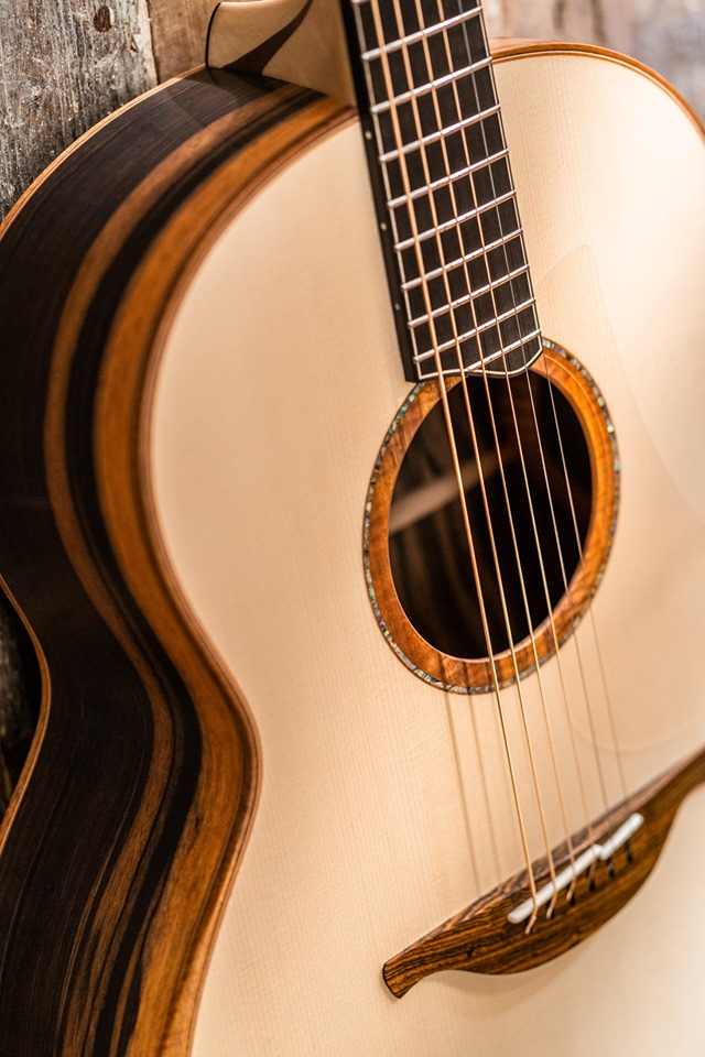 好琴欣赏之Lowden Guitars 2019新款F-50