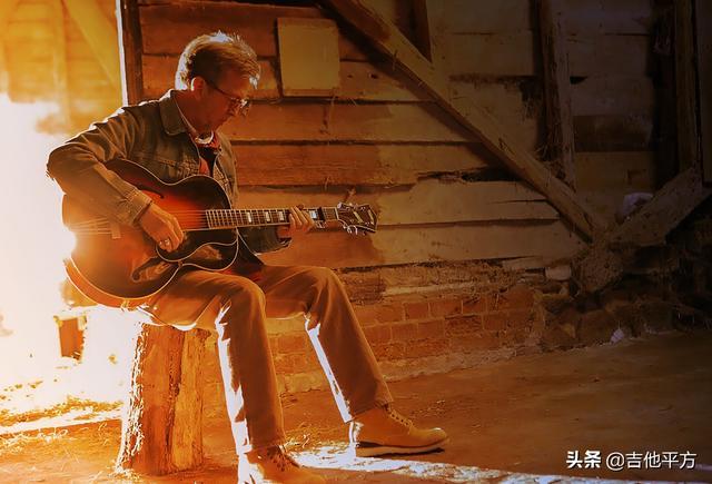 [AG教程]跟随Eric Clapton学习布鲁斯音乐的原声演奏基础知识