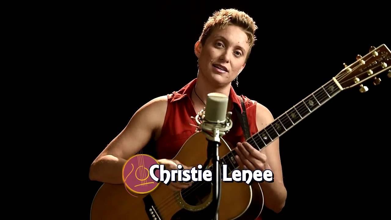 [AG专访]指弹新势力系列之CHRISTIE LENÉE-不要忘记音乐初心