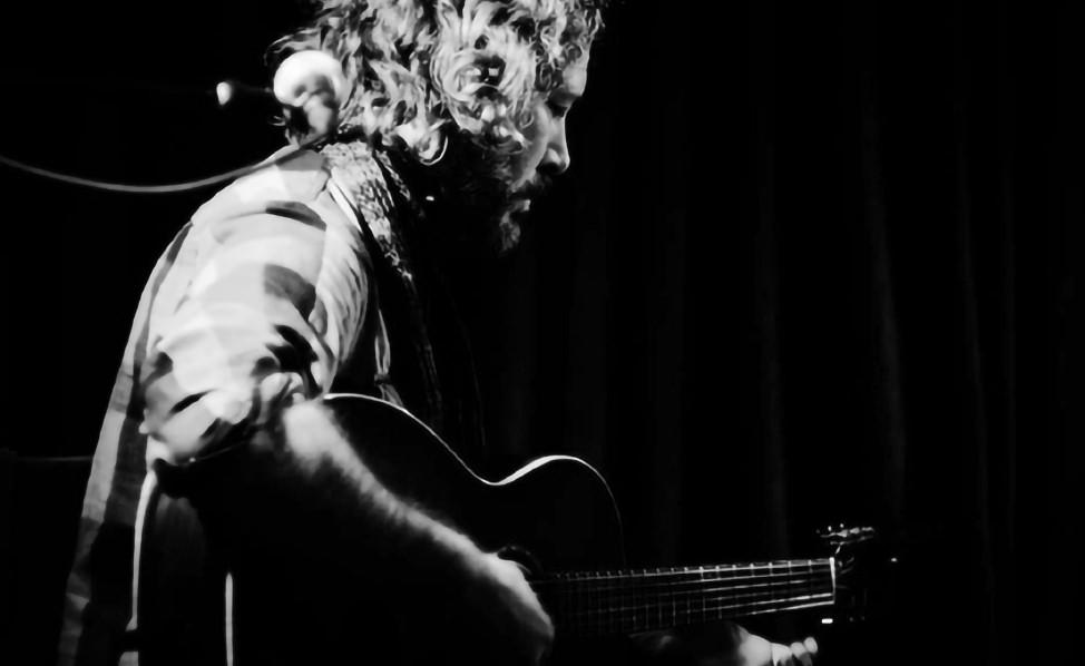 [AG原声吉他杂志]–寰球首秀-来自父亲对儿子爱的馈赠