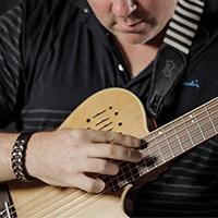 [AG原声吉他杂志]如何弹奏泛音并利用泛音丰富你的演奏纹理